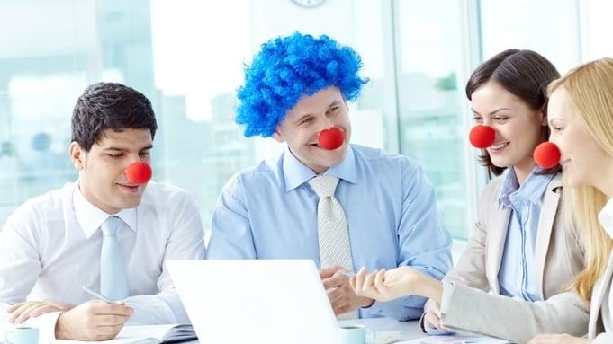 Humor på arbeidslassen ledelse
